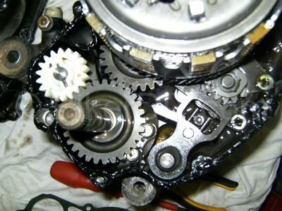 rg125_engine_kickstart_gearslect_spring_800 X 600